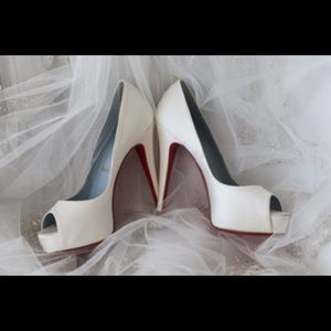 Christian Louboutin wedding shoes 37 red bottoms